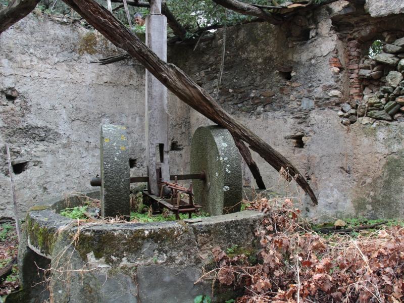 Frantoio nel Borgo di Montebello Jonico